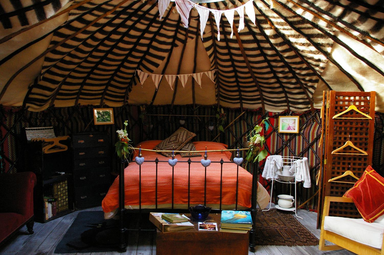 chestnut-tree-yurt_12882449045_o (Copy)